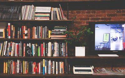 Få fjernsynet til at blive en del af indretningen